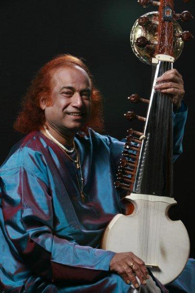 Aashish Khan to play one off Indian music concert in London