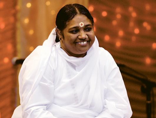 Amma comes to the UK